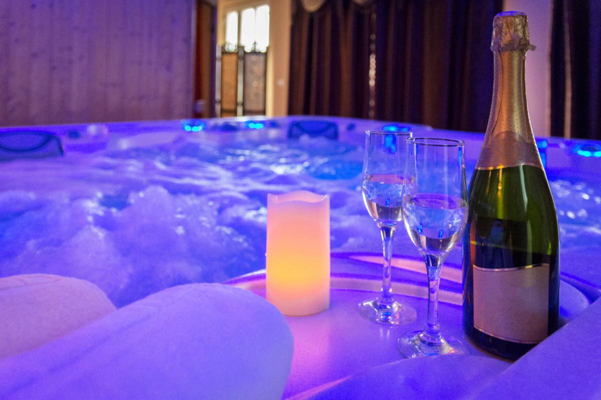 Hotels De Luxe En Espagne Avec Jacuzzi Dans La Chambre Splendia
