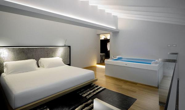 Hotels De Charme En Italie Avec Jacuzzi Dans La Chambre Splendia