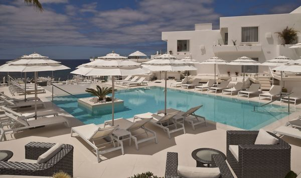 Canary Islands Hotels With Jacuzzi Rooms View Map Lani S Suites De Luxe Only
